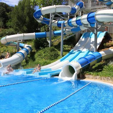 Toboganes parque Hotel Garbí Aquasplash