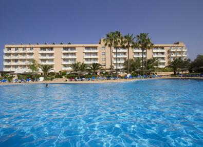 Piscina exterior de l'Hotel Garbí Cala Millor Mallorca