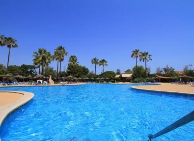 Piscina exterior Hotel Garbí Cala Millor Mallorca