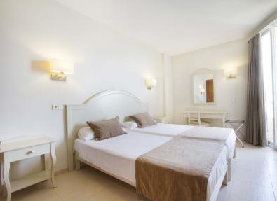 Habitación del Hotel Garbí Cala Millor