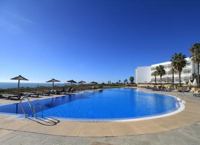 Piscina Hotel Garbí Costa Luz Cádiz