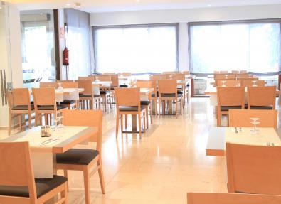 Restaurant des Hotels Garbí Park