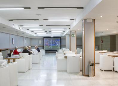 Sala de la TV a Hotel Garbí Park