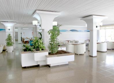 Entrée intérieure de l'Hôtel Villa Garbí